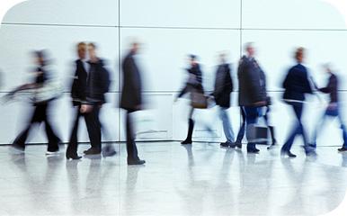 Foto bewegende mensen